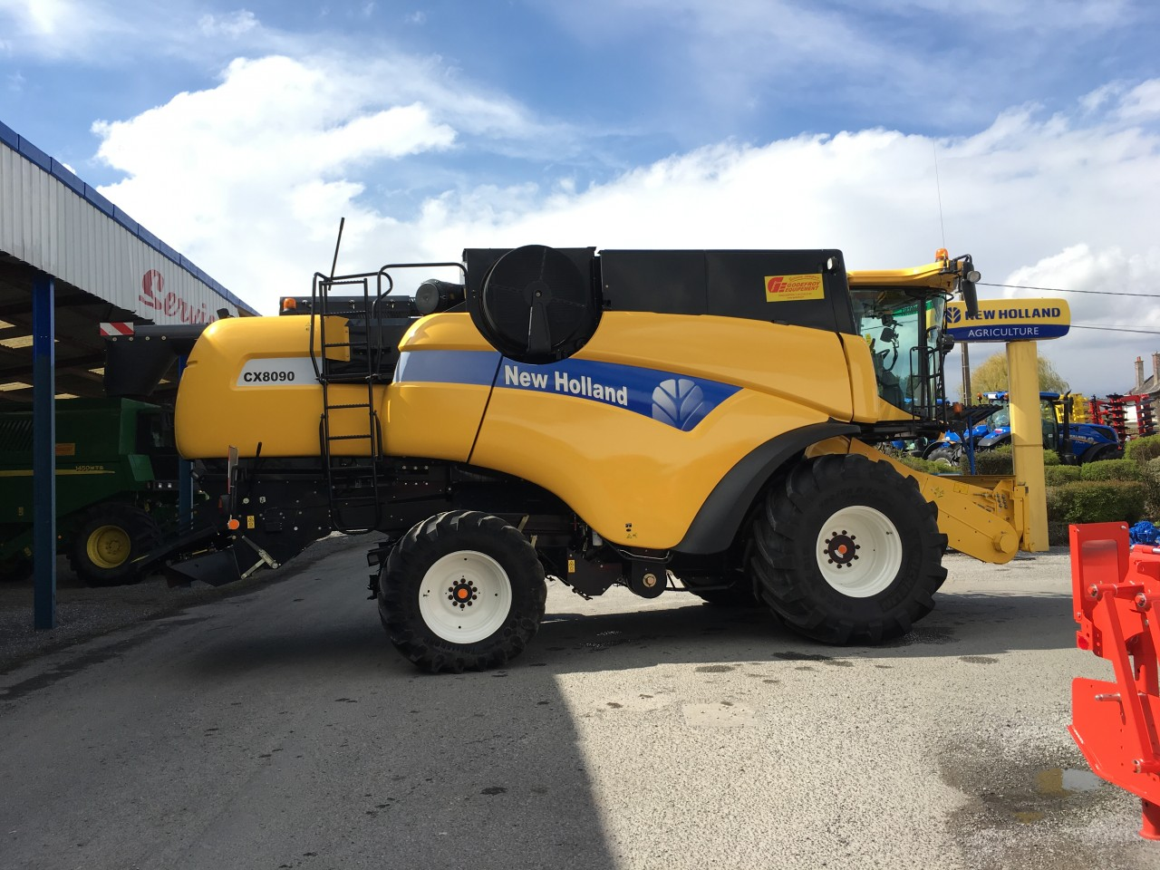 New Holland - NEW HOLLAND CX8090SL