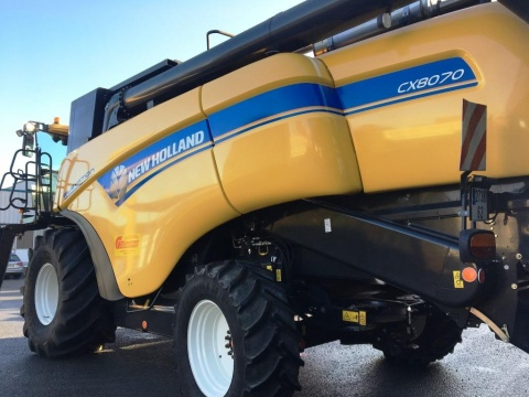 New Holland - NEW HOLLAND CX8070 ELEVATION